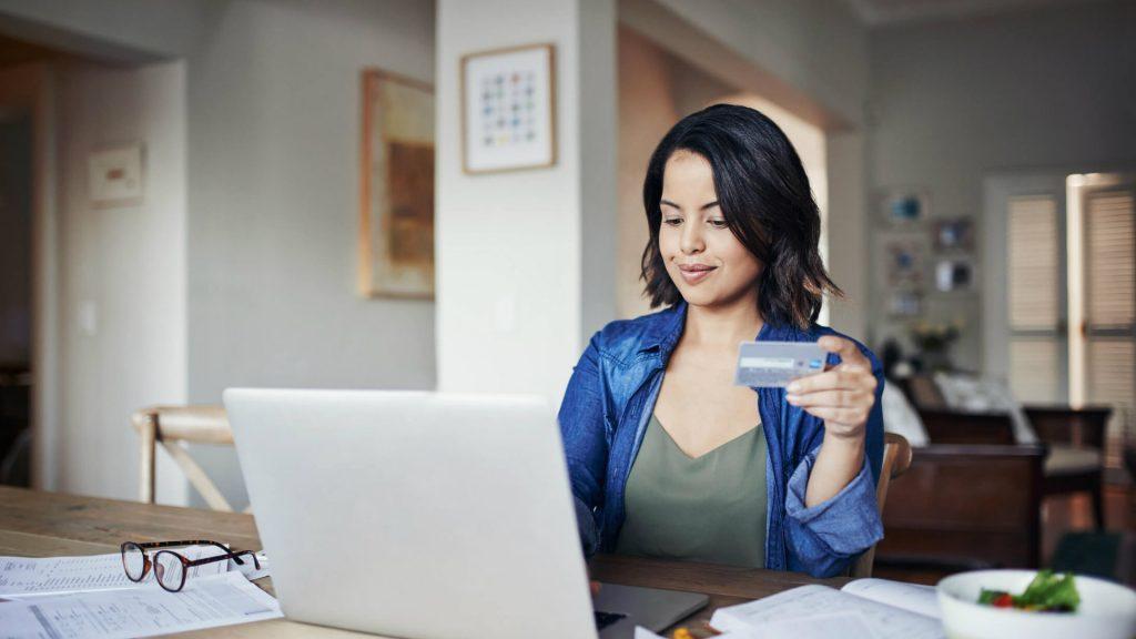 A captação de clientes é um desafio comum para muitos e-commerces, mas algumas práticas podem facilitar esse processo. Acesse o nosso blog e confira o artigo completo com algumas estratégias!
