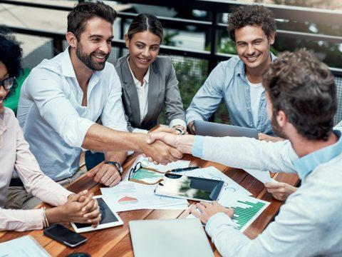 O co-marketing consiste na parceria entre duas empresas em ações em conjunto para aumentar o alcance das suas ações. Mas você sabe, na prática, como esse conceito funciona? Acesse o nosso blog para descobrir!