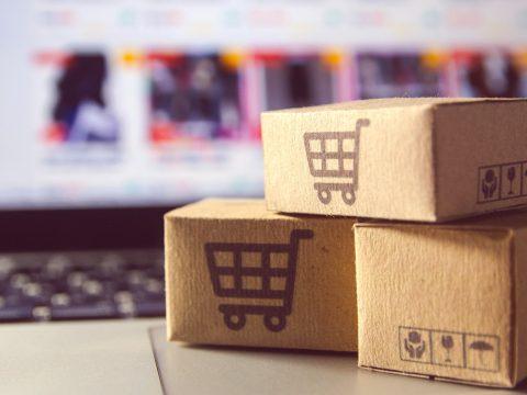 O e-commerce evoluiu muito desde o seu surgimento. Veja este artigo e saiba mais sobre a consolidação dessa modalidade comercial no Brasil e no mundo.