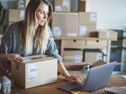 Está a fim de aprender como aumentar as vendas pela internet? Então, confira as dicas que reunimos neste conteúdo.