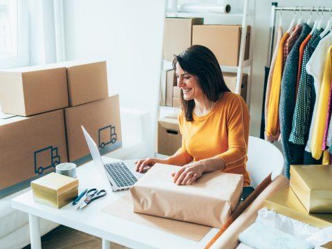 Convidamos você a ler um conteúdo sobre seis estratégias que você deve adotar para divulgar o seu e-commerce. Não deixe de conferir.