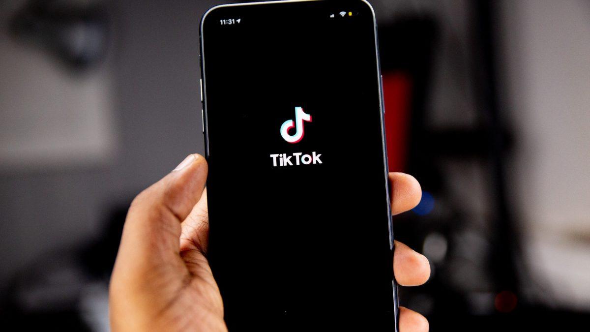 Descubra, em nosso blog, como funciona o TikTok e como essa rede social pode se tornar estratégica em seu plano de marketing digital.